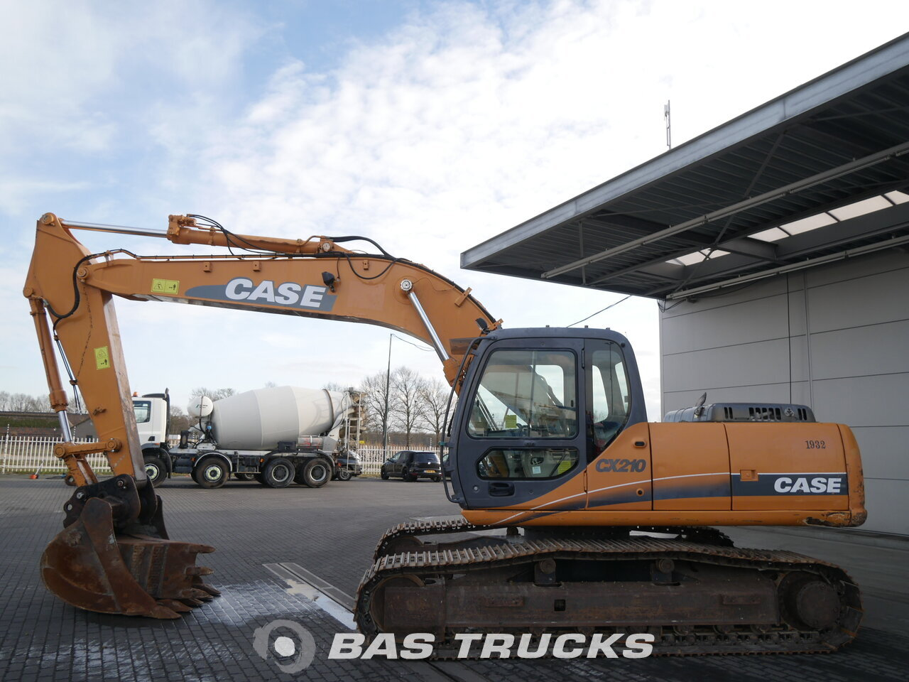 photo of Used Construction equipment Case CX 210 Track 2006