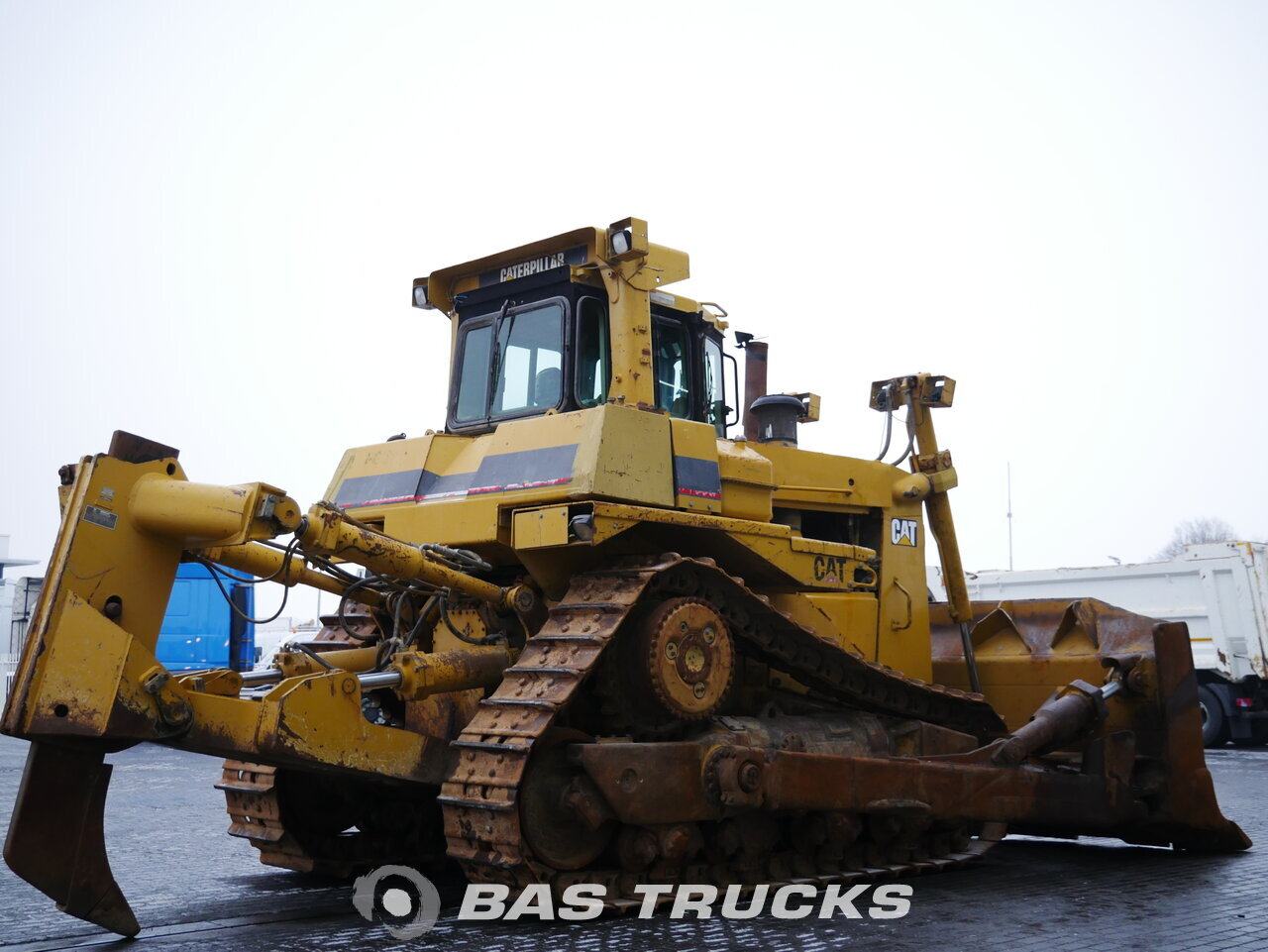 For sale at BAS Machinery: Caterpillar D9R Track 01/2001